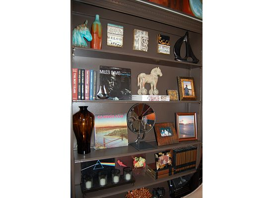 bookcase decorating ideas 6