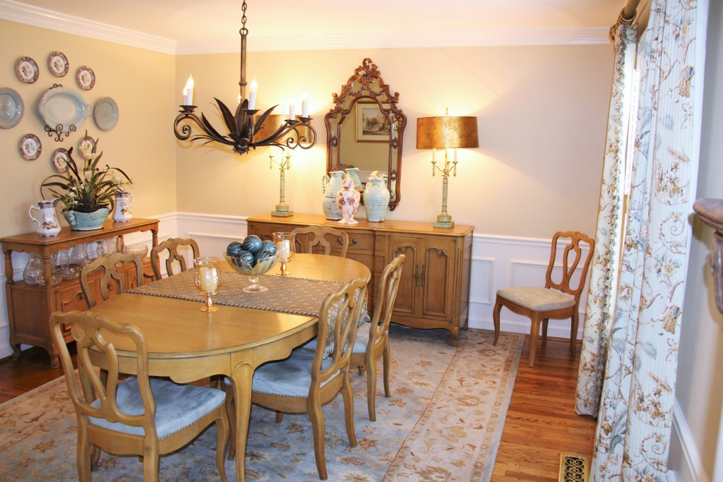 Golden Glamour Antique Dining Room