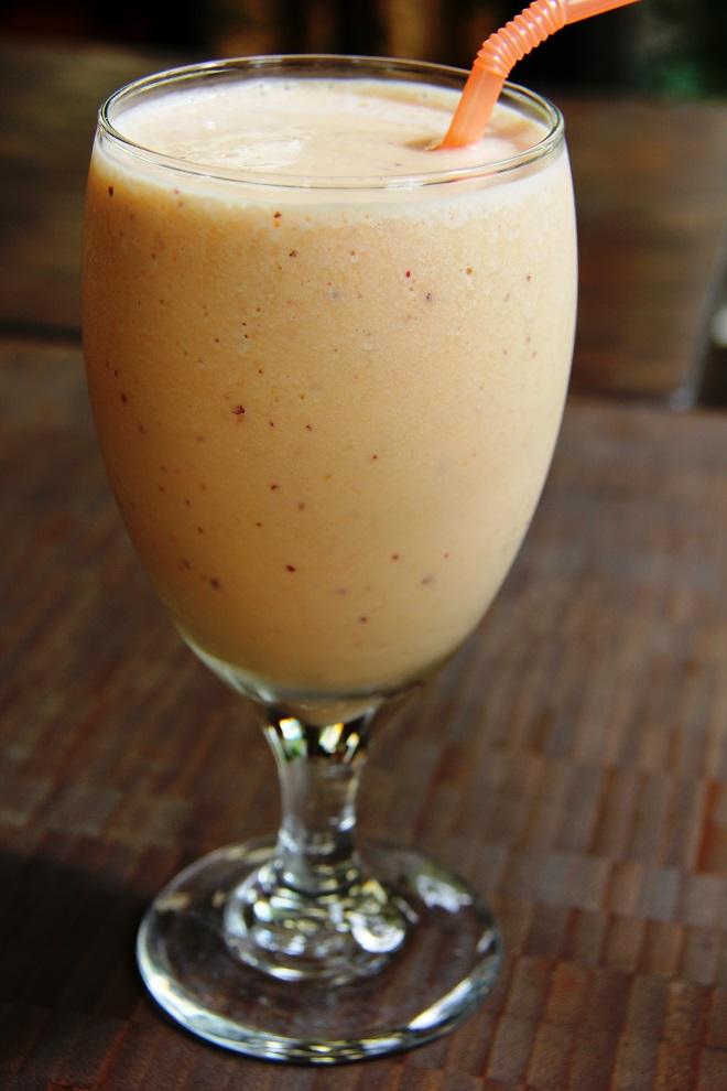 peach smoothie 3