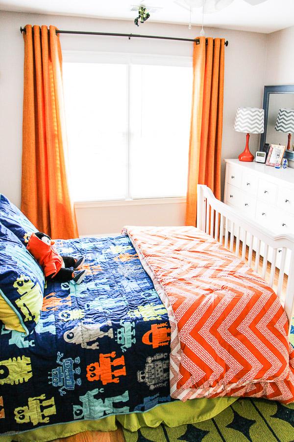 boys robot bedroom 14