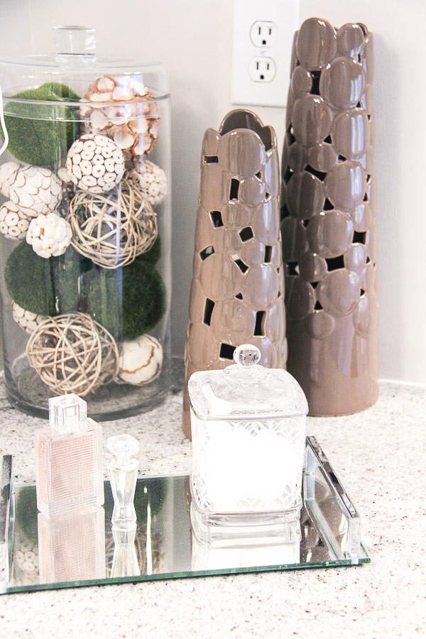 small bathroom remodel accessories