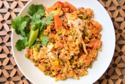 easy chicken and yellow rice recipe-8