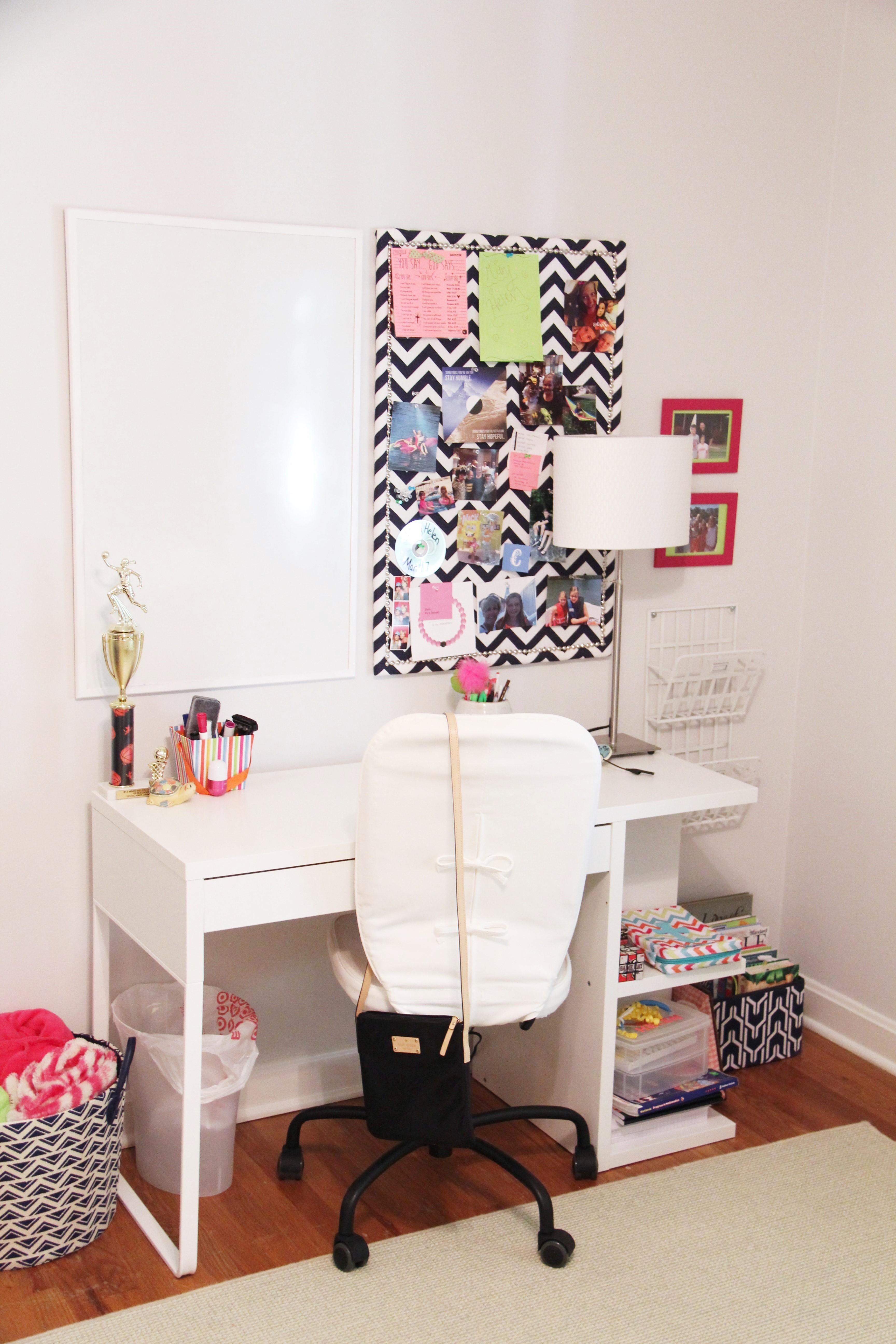 Modern teen bedroom sumptuous living - Desks for small rooms ...