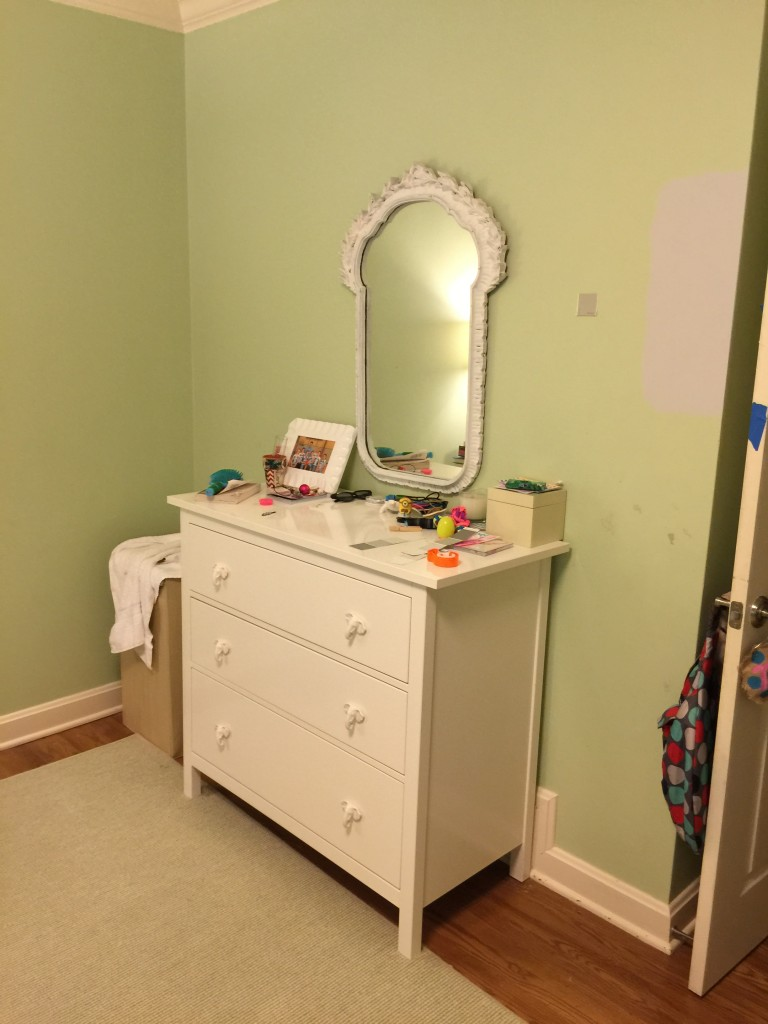 Modern teen bedroom Before 1