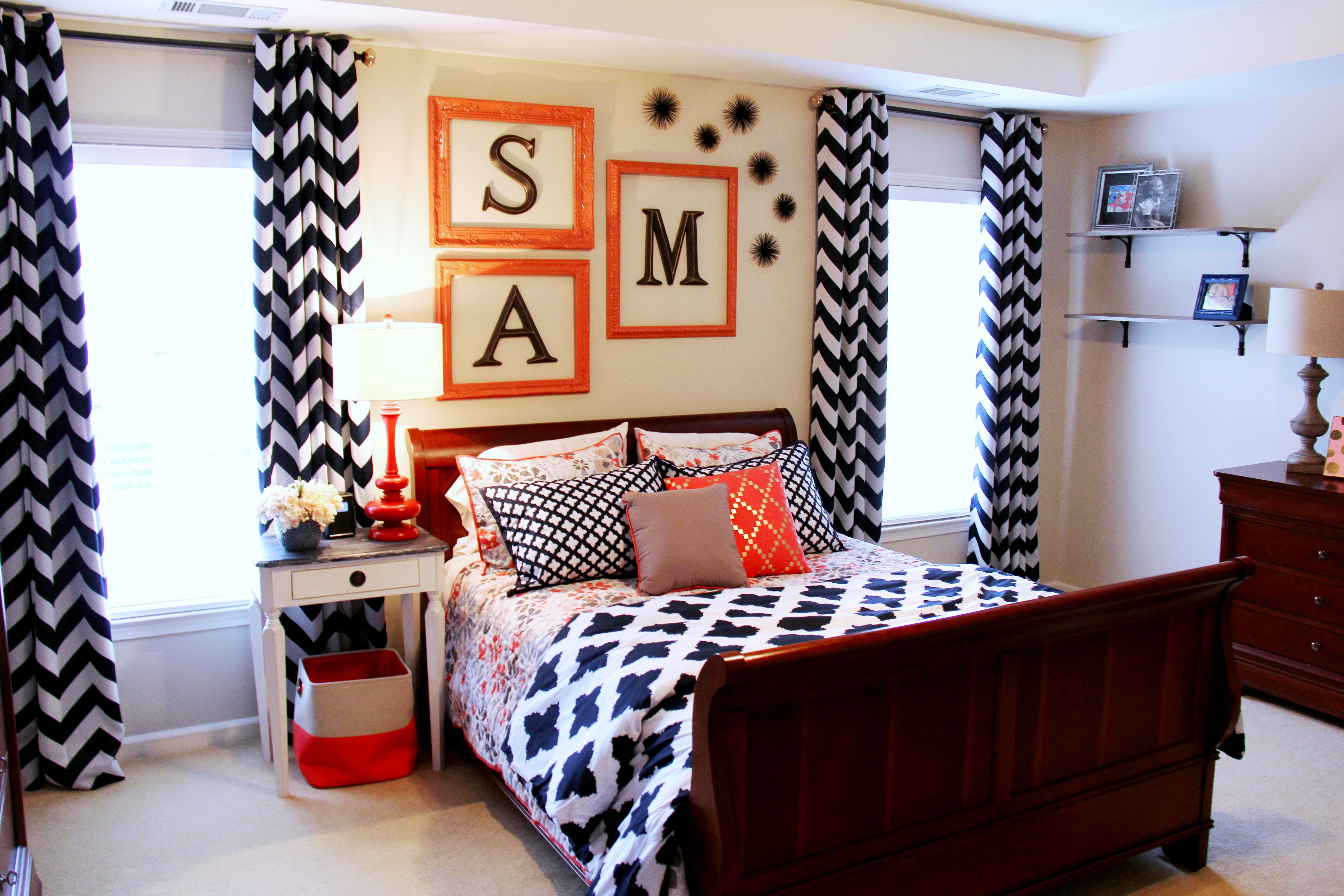 navy coral bedroom for a teen girl sumptuous living 16495 | img 0189