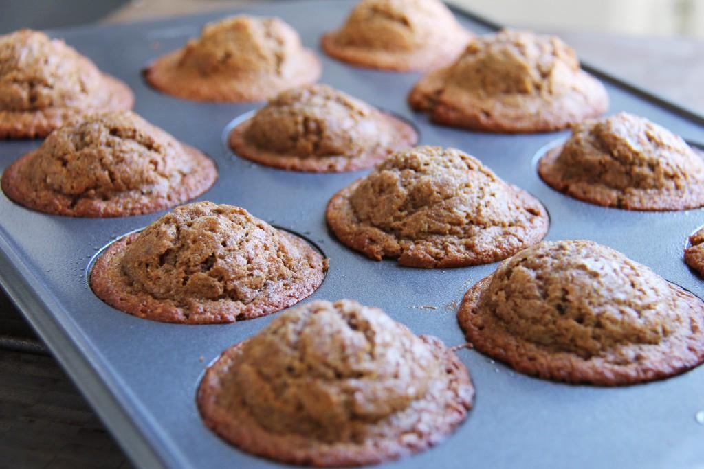 banana chia muffins 2