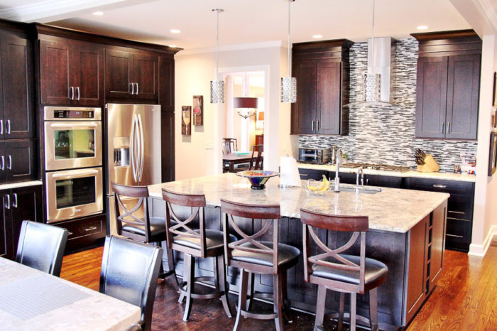 glitzy kitchen design 2