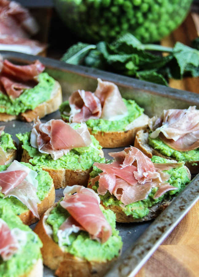 green pea crostini 5