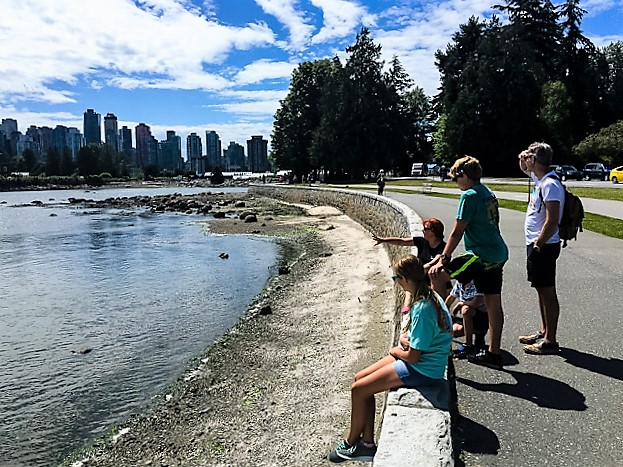 vancouver bike tour guide