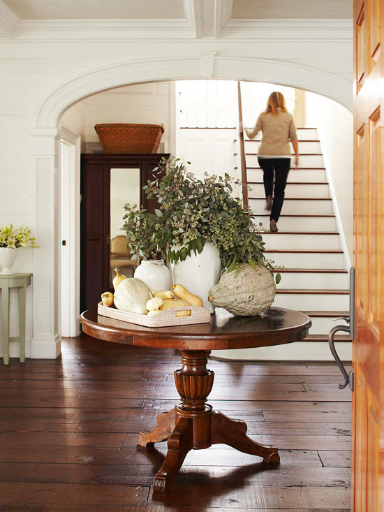 entryway fall decor 2