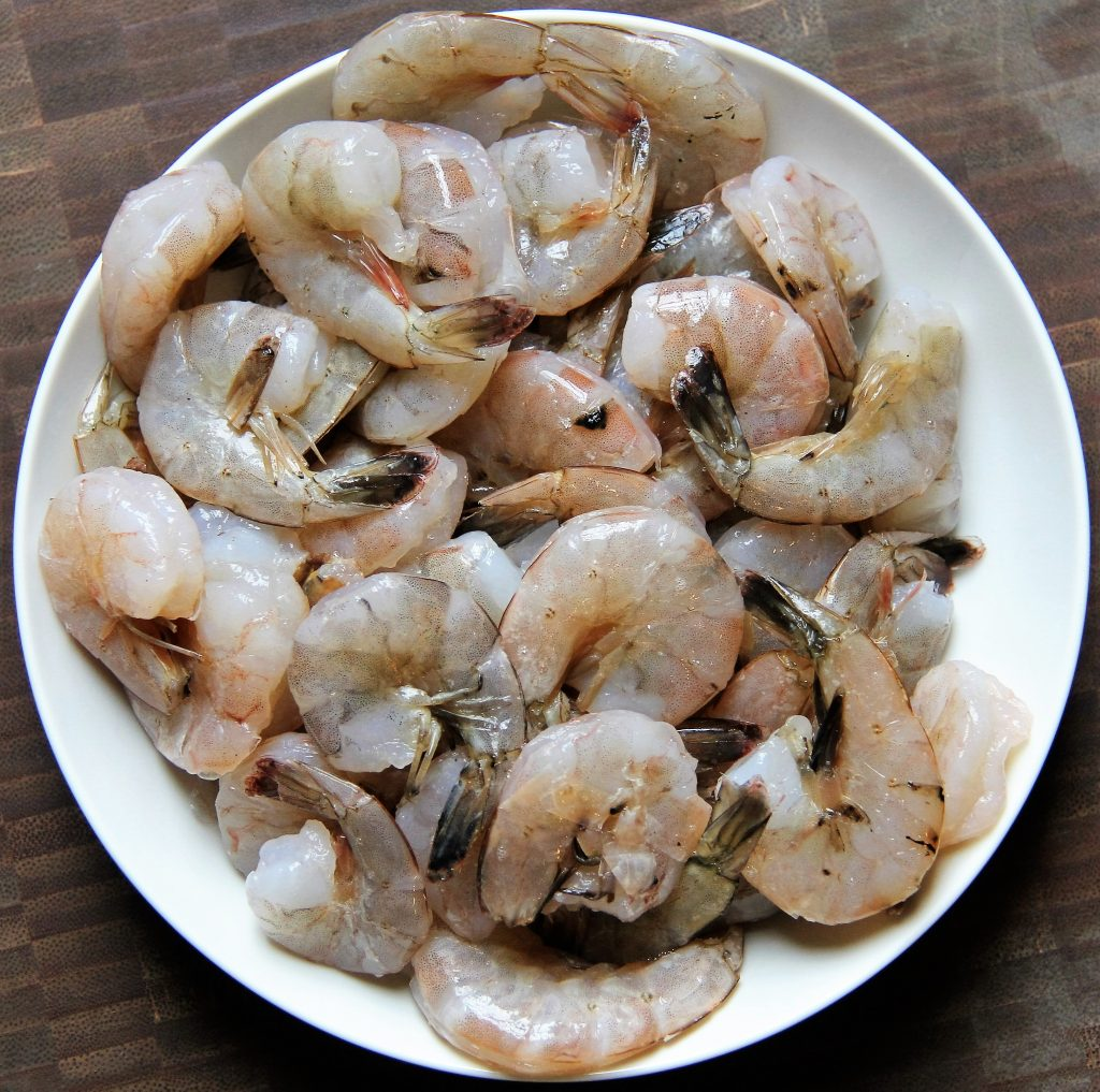 raw shrimp for jambalaya pasta