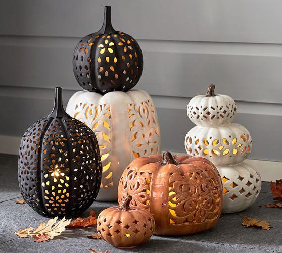 PB filigree ceramic pumpkin Sumptuous living seasonal
