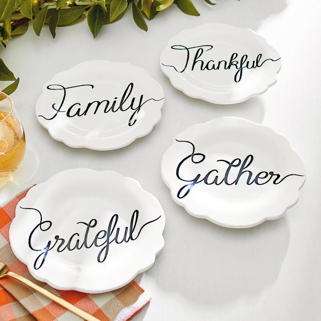 Thanksgiving Plates sumptuous living seasonal goodies