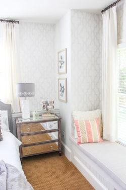 airy bedroom design-22