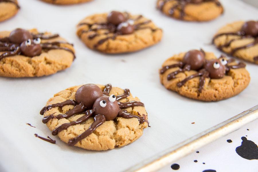 Halloween Spider Cookies-19