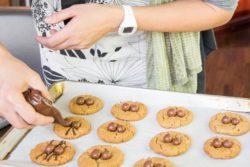 Halloween Spider Cookies-6
