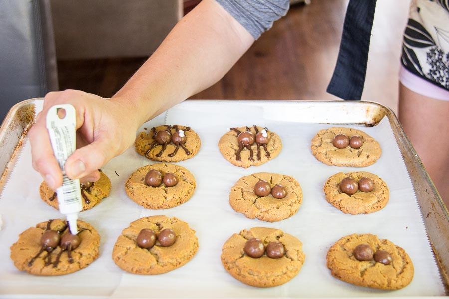 Halloween Spider Cookies-8