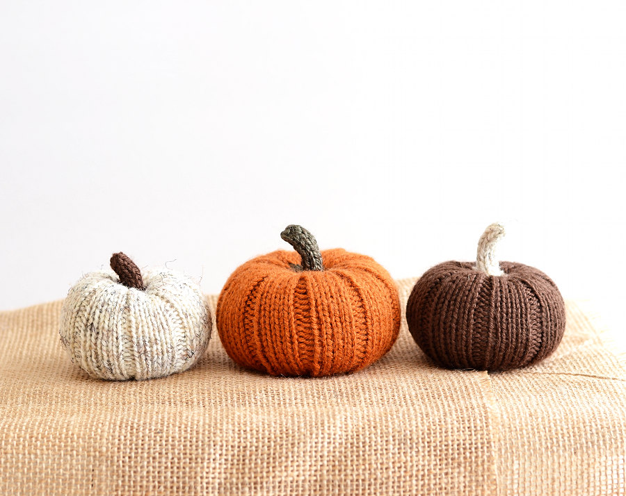 Etsy Knit pumpkins Sumptuous Living Seasonal